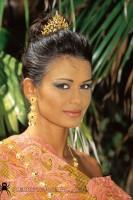 Eva roberts - hard set - thailand + 3