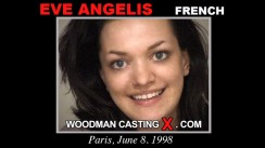 Check out this video of Elle Angelis having an audition. Erotic meeting between Pierre Woodman and Elle Angelis, a French girl.